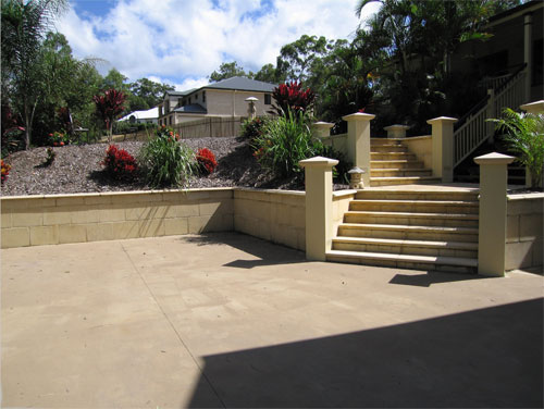 Inness Green Paving sandstone steps